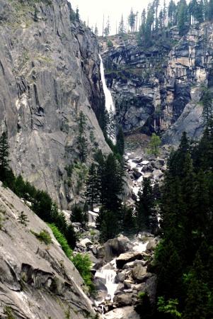 Yosemite National Park, Illilouette Fall
